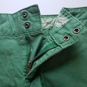 American Eagle Outfitters Shorts - AMERICAN EAGLE Green Chino Shorts, 6